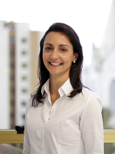 Drª Roberta Lisboa Lemos